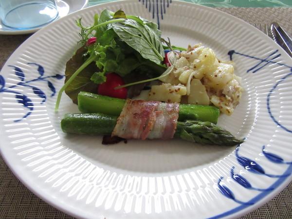 パンチェスターとジャガイモのサラダ