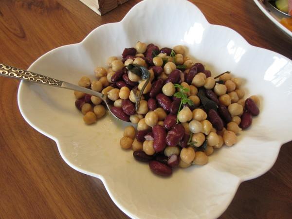 ひよこ豆のハーブオイル和え