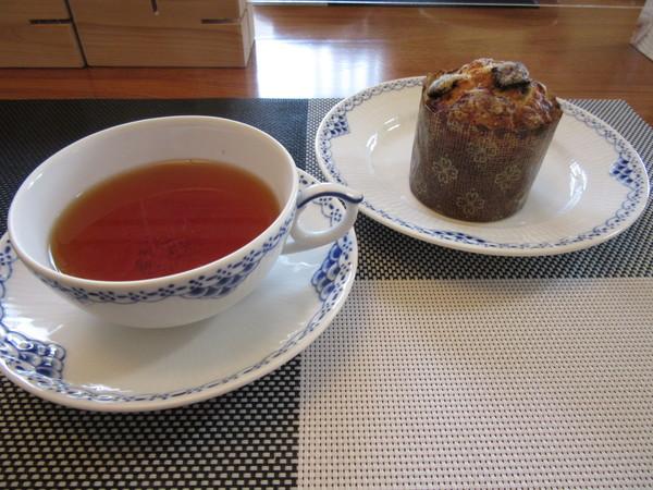 紅茶で美味しく頂きました